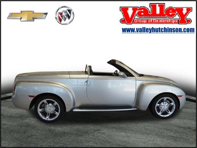 Used 2005 Chevrolet SSR  with VIN 1GCES14H05B117112 for sale in Hutchinson, Minnesota